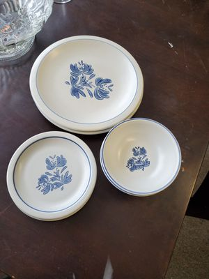 Vintage dish set for Sale in Erie, PA