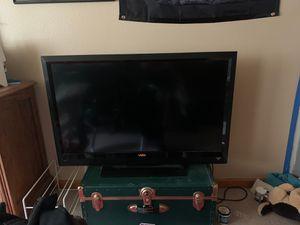 Vizio 40 inch smart TV for Sale in Aurora, CO