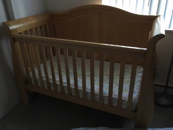 Convertible Baby crib plus matching changing table and mattress