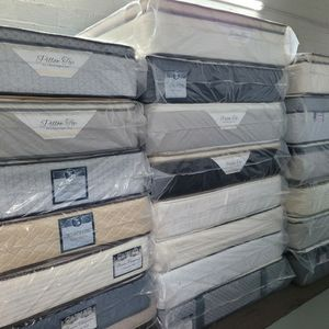 Mattress And Box Spring For Sale for Sale in Miami, FL