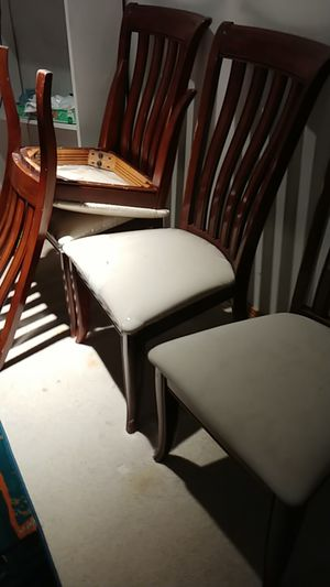 4 chairs for Sale in Kirkland, WA