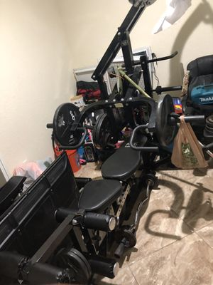 Work out equipment n tire to flip , treadmill for Sale in Lake Worth, FL