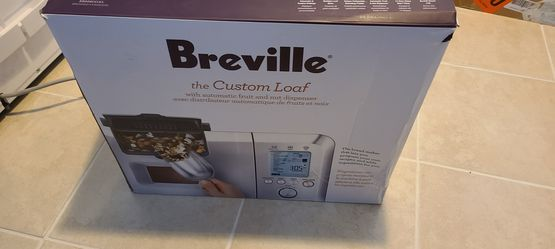 Beeville bread maker for Sale in Cleveland,  OH
