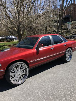 1997 Ford Crown Victoria for Sale in Johnson City, TN