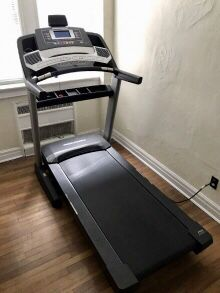 Treadmill performance 600C for Sale in Saint Charles, MO