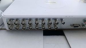 16 ch dvr 3- eyeball cameras 3 bullets used but works for Sale in Rialto, CA