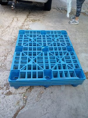 4 skids plastic stackable for Sale in Colorado Springs, CO