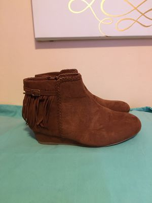 Boots girls size 3 for Sale in Reading, MA