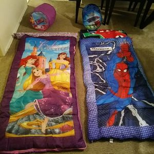 Brand new not and girl sleeping bags with matching carry case and blanket for Sale in Farmington Hills, MI