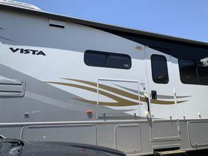 2011 Winnebago Vista Class A Motorhome for Sale in Payson, AZ