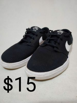 [Size 10] Nike Sb's Mens Shoes for Sale in Pepperell, MA