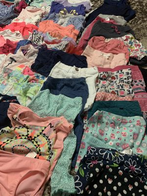 Baby Girl clothes 9-12 months for Sale in Lansing, IL