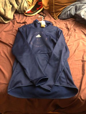 Adidas light weight sweater for Sale in Gresham, OR