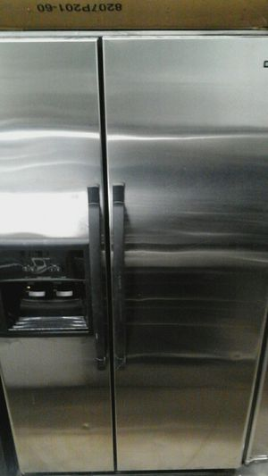 Kenmore refrigerator for Sale in Chicago, IL