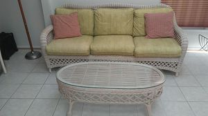 Wicker Sofa and Cocktail Table for Sale in Potomac Falls, VA