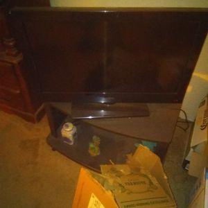 32 Inch Screen Tv Insignia for Sale in Braintree, MA