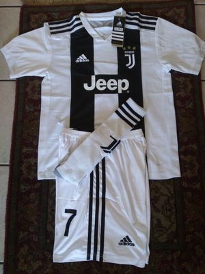 Kids Set Club Juventus Home Ronaldo # 7 Unisex Size 26(10-11 años) for Sale in Phoenix, AZ