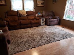 8' X 10' LT. BROWN RUG for Sale in Auburn, WA