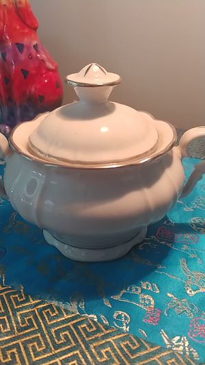 Vintage sugar bowl by Contessa. for Sale in Hollywood, FL
