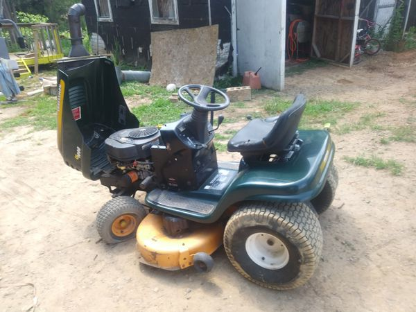 Craftsman riding lawn mower 42 inch cut 18 horsepower