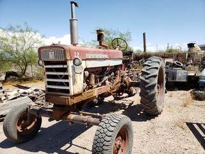 Farmall tractor runs great for Sale in ELEVEN MILE, AZ