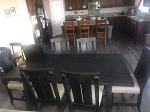 Dining Room Table Set for Sale in Beaumont, CA