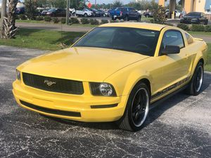 2005 FORD MUSTANG for Sale in Clearwater, FL