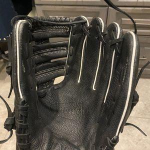 Vinci Junior Pro BRV1951 Baseball Glove for Sale in Spring, TX