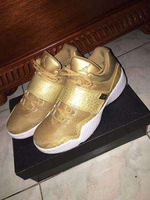 Men metallic Jordan's Gold shoes sneakers for Sale in Los Angeles, CA