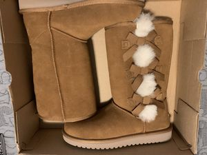 Brand New Ugg Tall Boots for Sale in Des Moines, WA