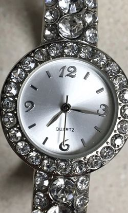 Stunning Luxury Women Gemstone Cuff Watch for Sale in Boise,  ID