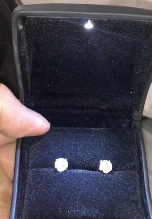 1.75 carats diamond earrings for Sale in Alexandria, VA