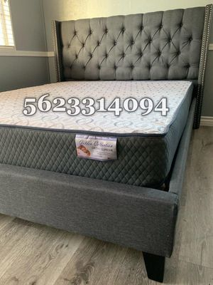 Full gray Tufted Bed with Mattress Included for Sale in Madera, CA