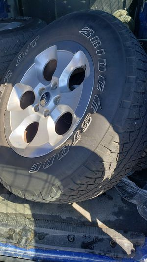 (5) jeep wrangler tires and rims wheels they are 18inch for Sale in South Hempstead, NY