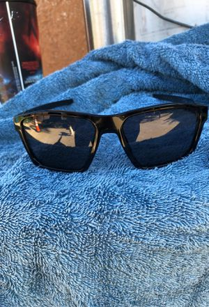 Oakley sunglasses for Sale in Chino Hills, CA