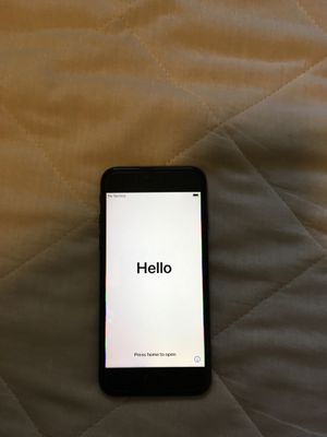 iPhone 7 32gb unlocked and wiped clean for Sale in Visalia, CA