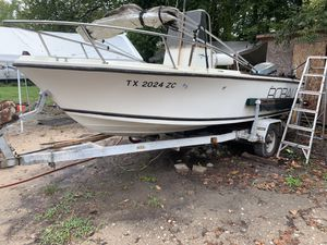 1979 Robalo boat. Needs tlc for Sale in Houston, TX