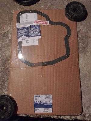 MAHLE OIL PAN GASKET SILVERADO/GMC DURAMAX for Sale in North Attleborough, MA
