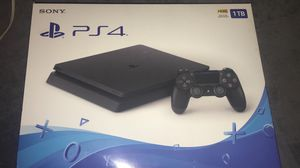 PS4 slim 1tb controller 2 games 2 controllers for Sale in Miami Beach, FL