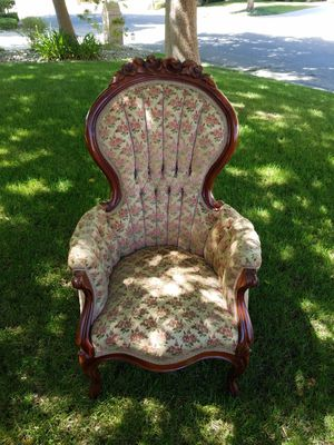 Antique His and Hers chairs for Sale in Fresno, CA