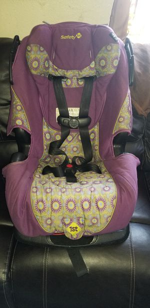 Safety 1st Carseat Reclinable $13 for Sale in Los Angeles, CA