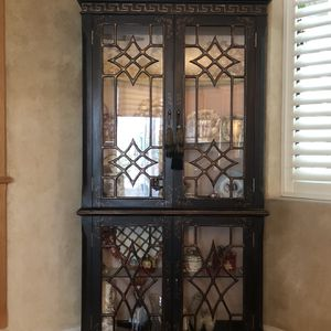 Black With Gold trim Display Cabinet for Sale in Modesto, CA