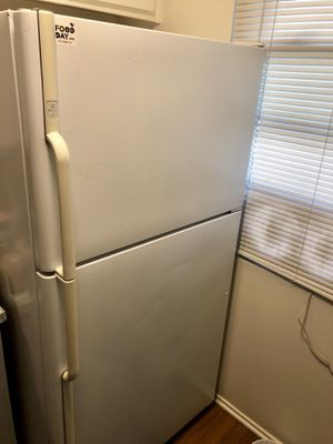 Maytag refrigerator and freezer for Sale in San Diego, CA