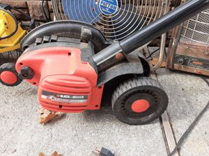 BLACK AND DECKER ELECTRIC EDGEHOG , WORKS WELL for Sale in Baldwin, NY