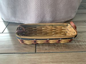 Longaberger 2003 Proudly American Cracker Basket with leather handles for Sale in Dunedin, FL