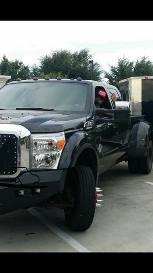 2015 FORD F 450. SUPER CLEAN!! LOW MILES!!!! F450***F450* 450! for Sale in Oxnard, CA