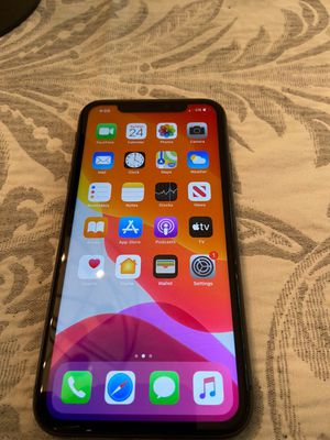 iPhone 11 for Sale in Pensacola, FL