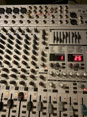 Behringer euro desk 28 channel mixer for Sale in Knoxville, TN