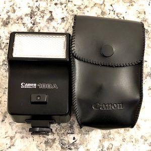 Vintage Cannon SPEEDLITE Flash for Sale in Antioch, CA