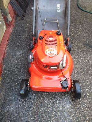 Scott's self propelled lawn mower for Sale in Cleveland, OH